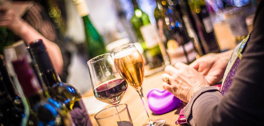 Wein und andere geistige Getränke beim Street Food Thursday